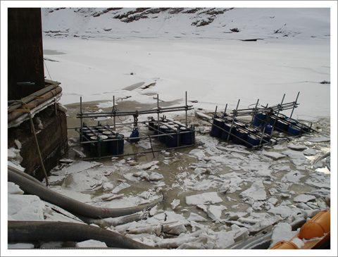 ダム工事(砂防ダムの水抜き)